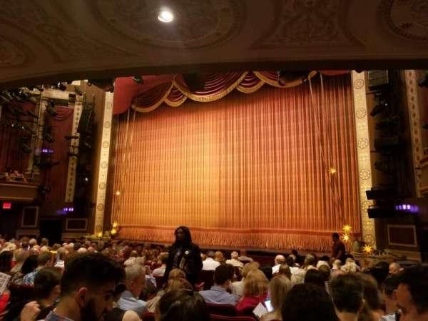 Imperial Theatre, sección: Orchestra R, fila: K, asiento: 10