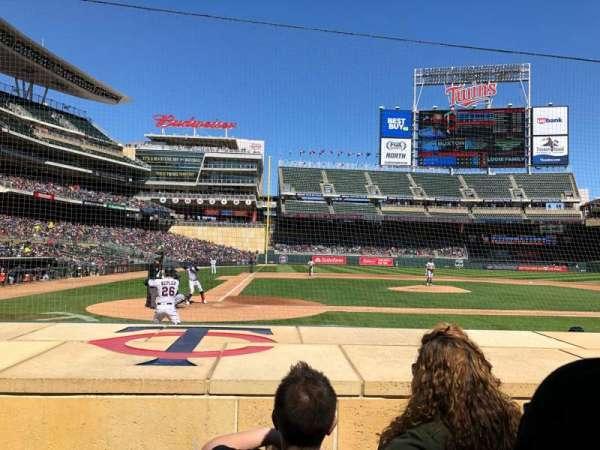 Target Field, sección: 6, fila: 7, asiento: 9