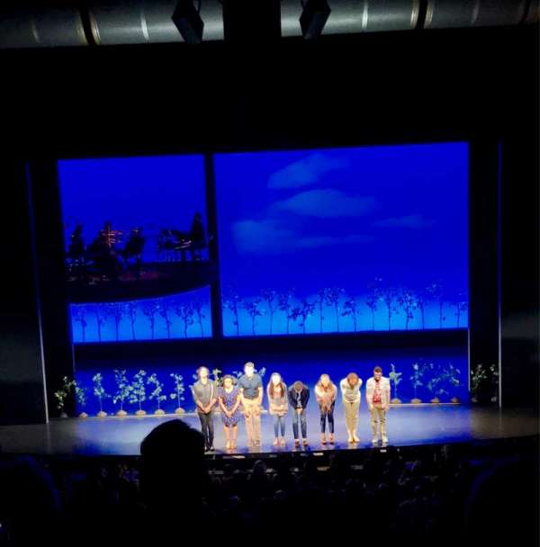 Ahmanson Theatre, sección: Mezz, fila: G, asiento: 26