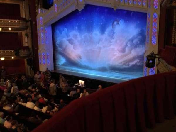 CIBC Theatre, sección: Dress Circle Box 2, fila: BX2, asiento: 206