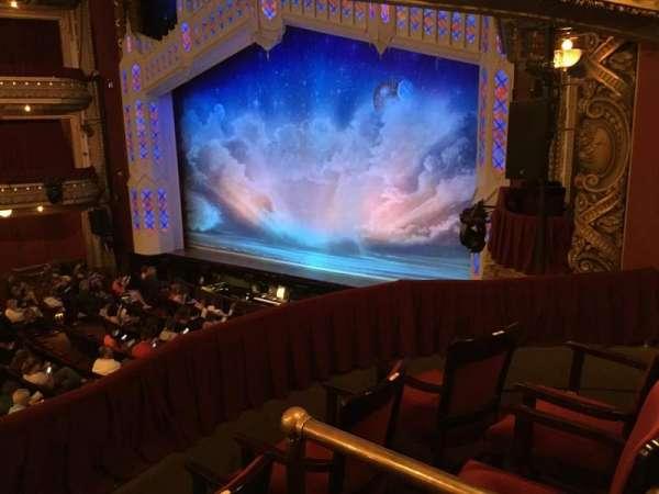 CIBC Theatre, sección: Dress Circle Box 2, fila: BX2, asiento: 212