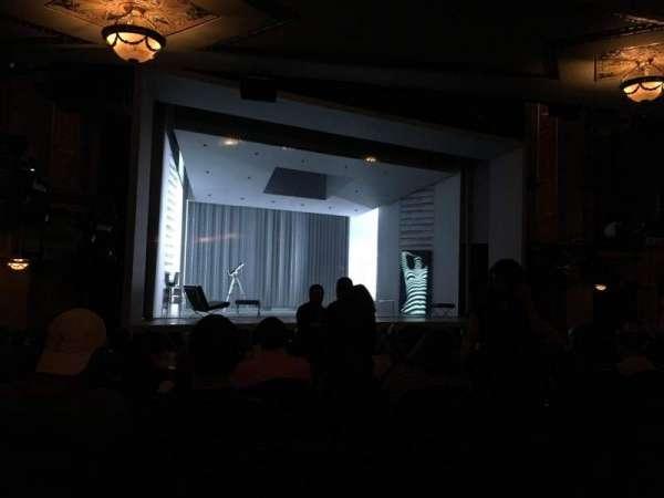 Gerald Schoenfeld Theatre, sección: Orchestra L, fila: P, asiento: 11