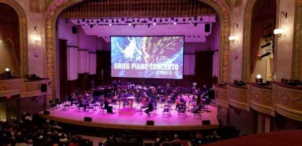 Orchestra Hall, sección: Box Center, fila: J, asiento: 7