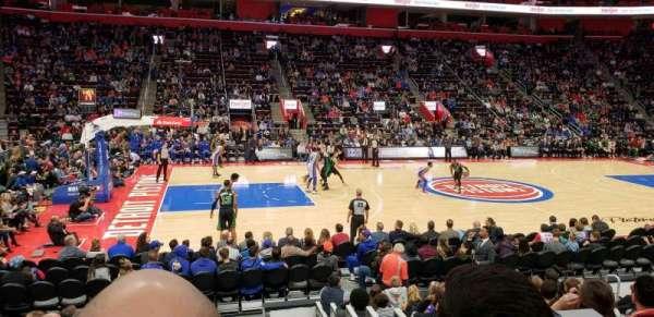 Little Caesars Arena, sección: 111, fila: 10, asiento: 12