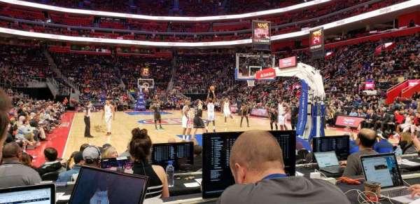 Little Caesars Arena, sección: 103, fila: E, asiento: 14