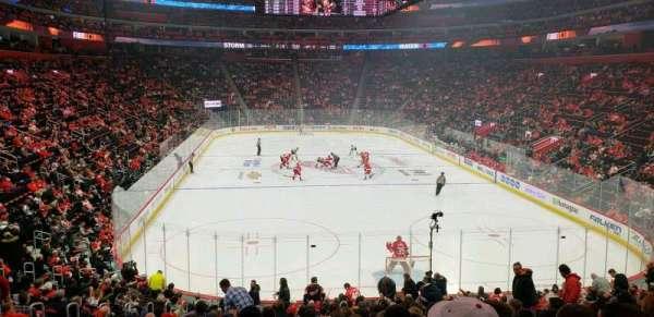 Little Caesars Arena, sección: 103, fila: 20, asiento: 11
