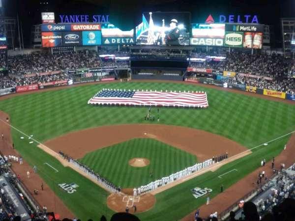Yankee Stadium, sección: 420B, fila: 13, asiento: 1