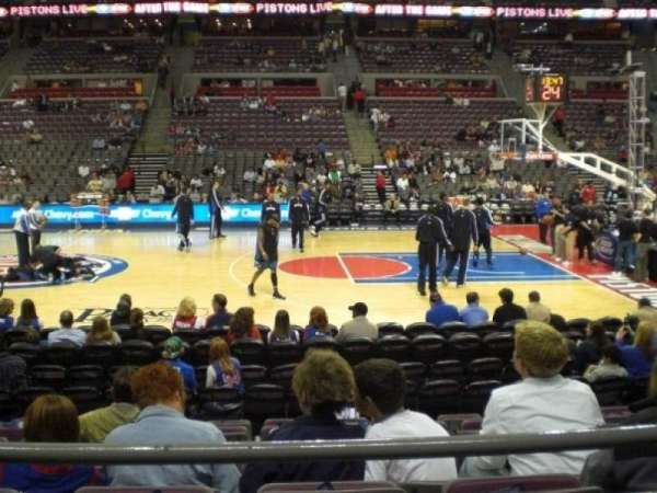The Palace of Auburn Hills, sección: 126, fila: B, asiento: 10