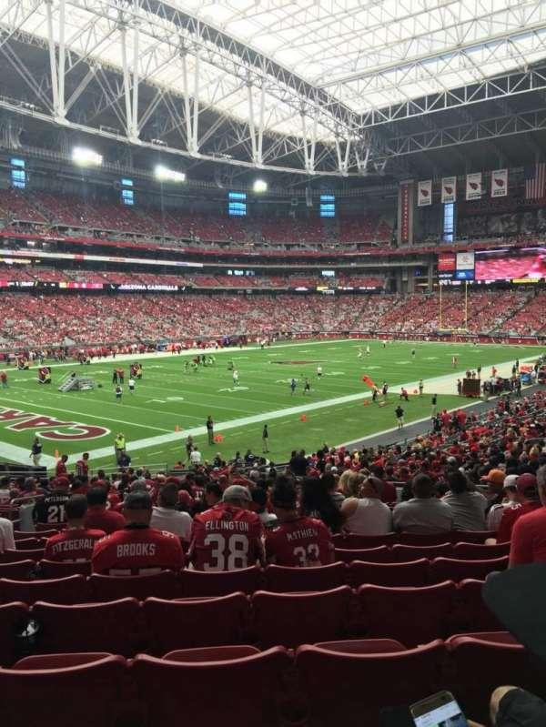 State Farm Stadium, sección: 136, fila: 32, asiento: 11
