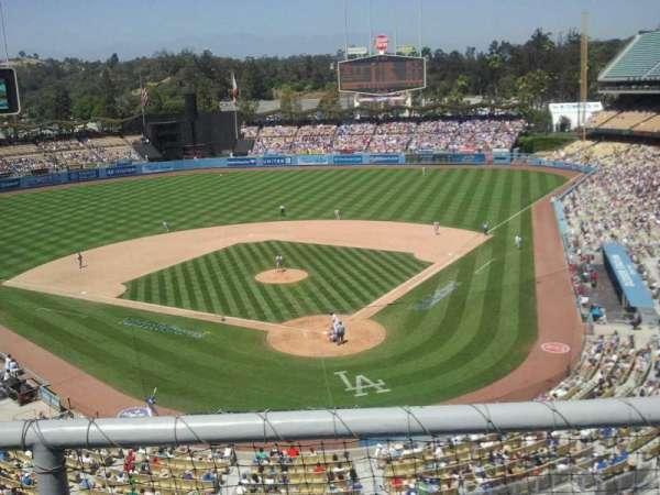Dodger Stadium, sección: 3rs, fila: b, asiento: 15