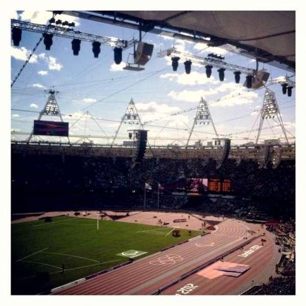 London Stadium, sección: 202, fila: 66, asiento: 634