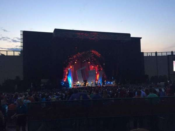 Fiddler's Green Amphitheatre, sección: 204, fila: C, asiento: 1
