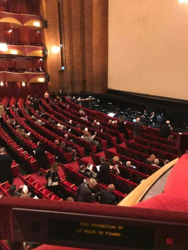 Metropolitan Opera House - Lincoln Center, sección: Parterre, fila: Box 10, asiento: 3