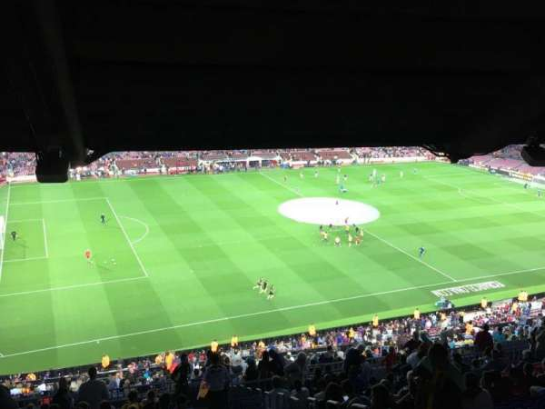 Camp Nou, sección: 331, fila: 29