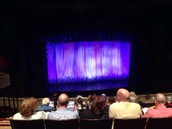 Marquis Theatre, sección: Mezzanine C, fila: H, asiento: 102