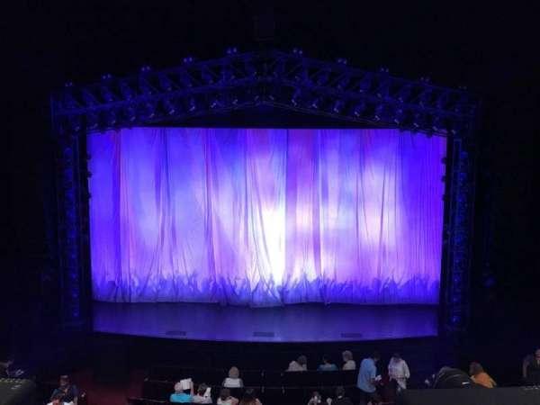 Marquis Theatre, sección: Mezzanine C, fila: A, asiento: 110 & 111