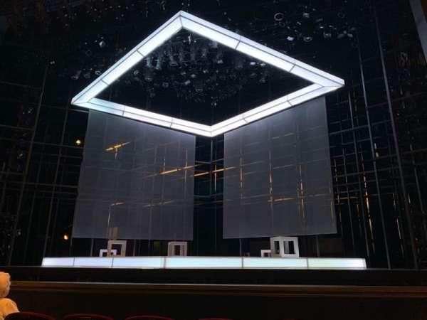 Walnut Street Theatre, sección: ORCC, fila: E, asiento: 101 And 102