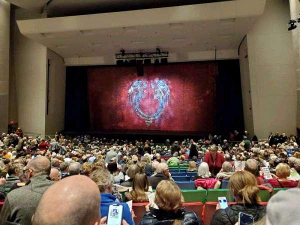 Des Moines Civic Center, sección: 5E, fila: X, asiento: 64
