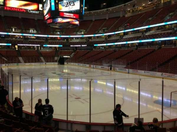 Honda Center, sección: 203, fila: K, asiento: 6
