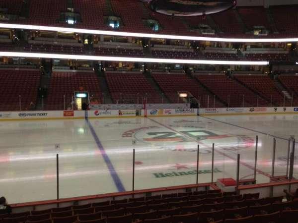 Honda Center, sección: 223, fila: L, asiento: 10