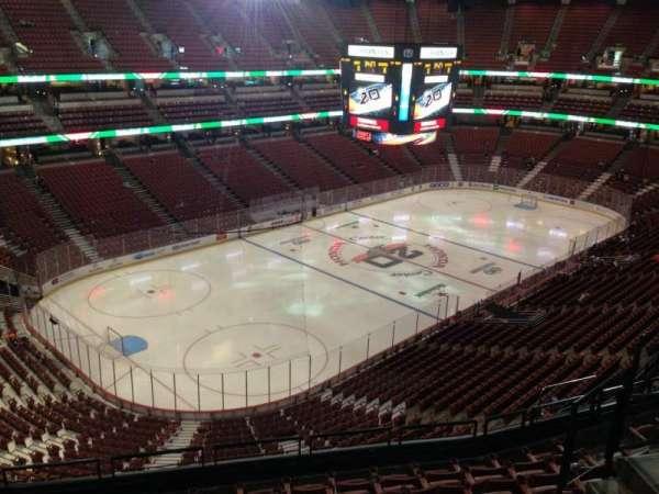 Honda Center, sección: 417, fila: H, asiento: 7