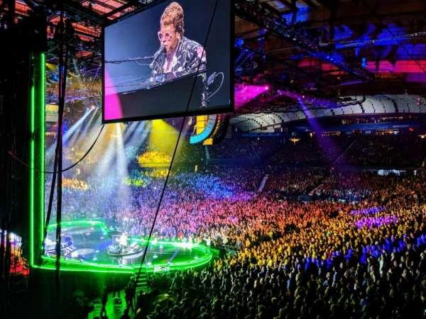 Allstate Arena, sección: 205, fila: B, asiento: 1