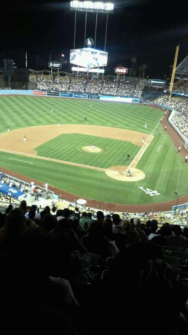 Dodger Stadium, sección: 7rs, fila: O, asiento: 12