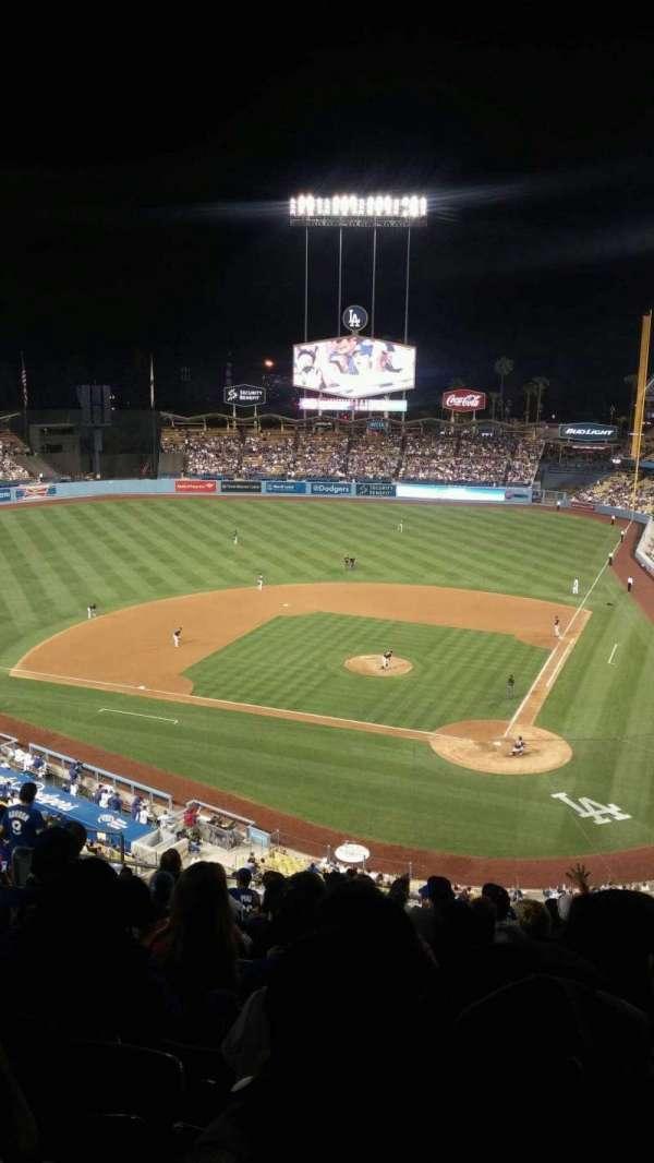 Dodger Stadium, sección: 7rs, fila: P, asiento: 12