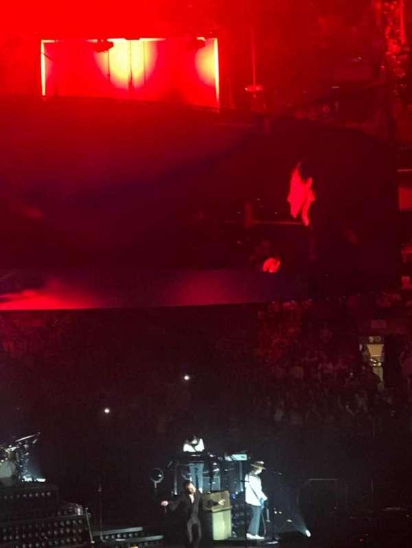 TD Garden, sección: Loge 12, fila: 13, asiento: 14