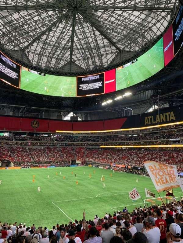 Mercedes-Benz Stadium, sección: 103, fila: 35, asiento: 17