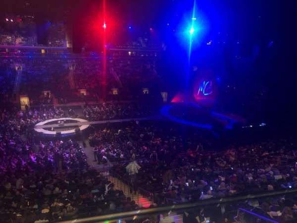 Madison Square Garden, sección: 210, fila: 1, asiento: 16