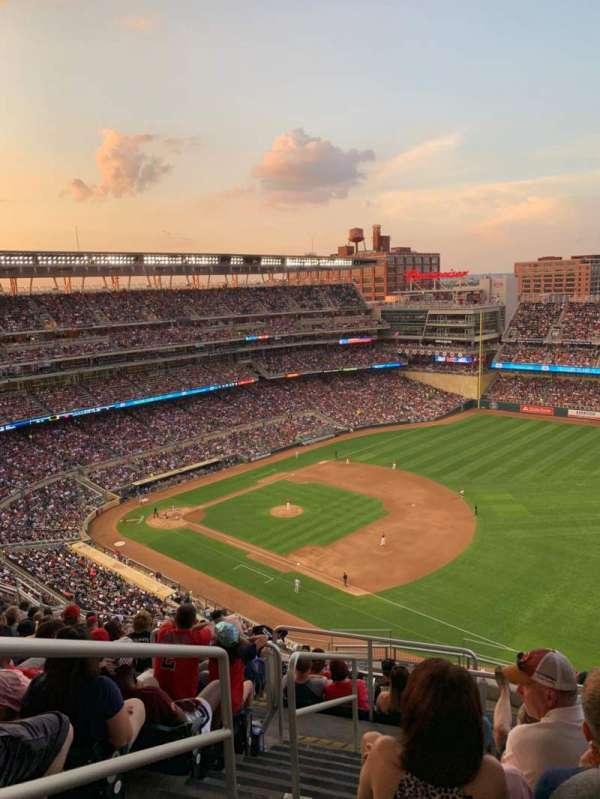 Target Field, sección: 304, fila: 14, asiento: 24