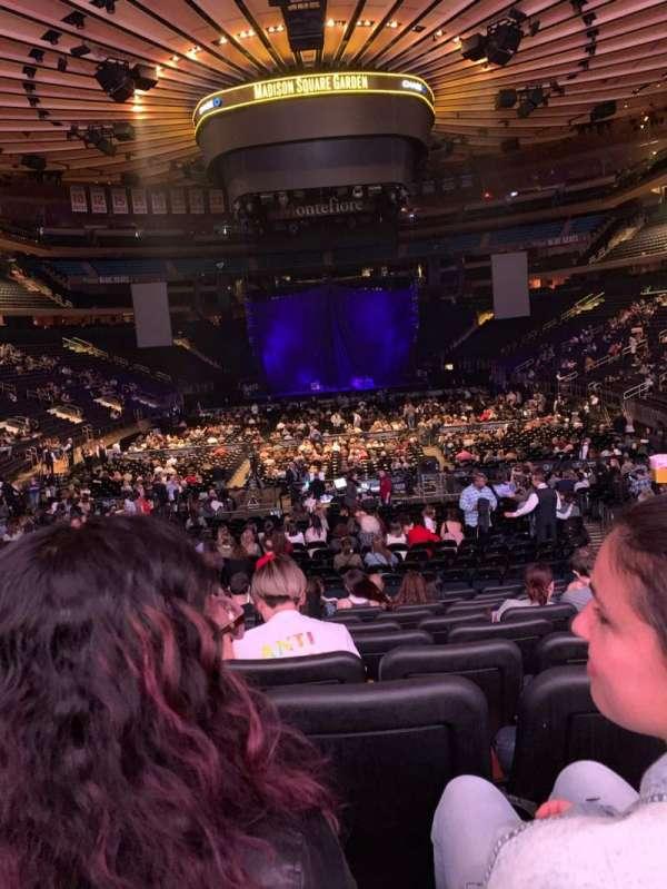 Madison Square Garden, sección: 102, fila: 15, asiento: 11