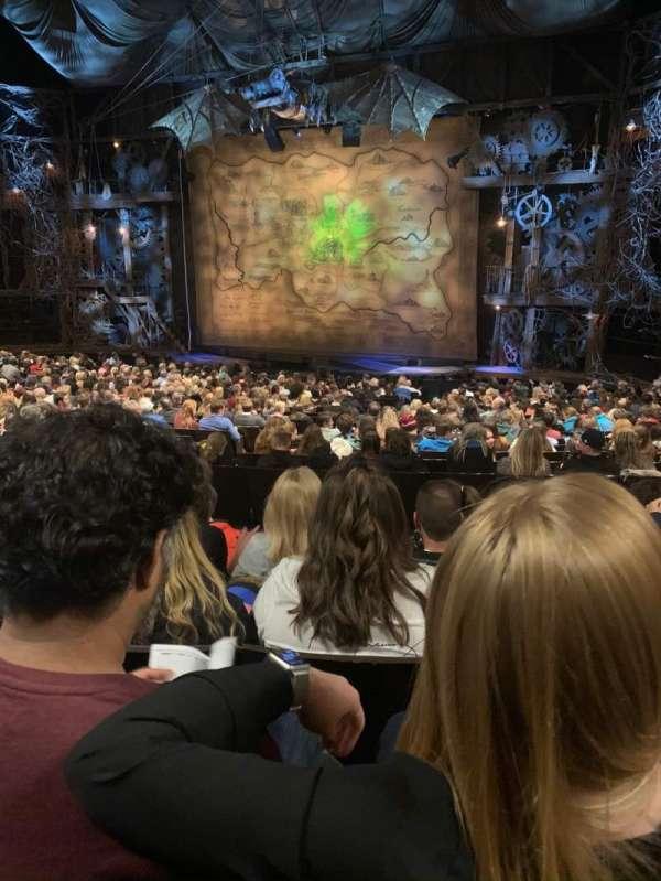 Gershwin Theatre, sección: ORCHST, fila: U, asiento: 14