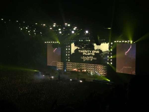 Manchester Arena, sección: 113, fila: V, asiento: 21