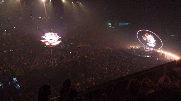 Ziggo Dome, sección: 205, fila: 4, asiento: 130
