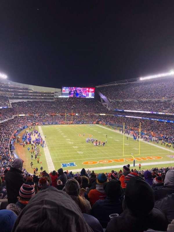 Soldier Field, sección: 354, fila: 6, asiento: 7