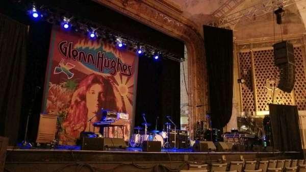 Keswick Theatre, sección: Front Left, fila: BB, asiento: 11