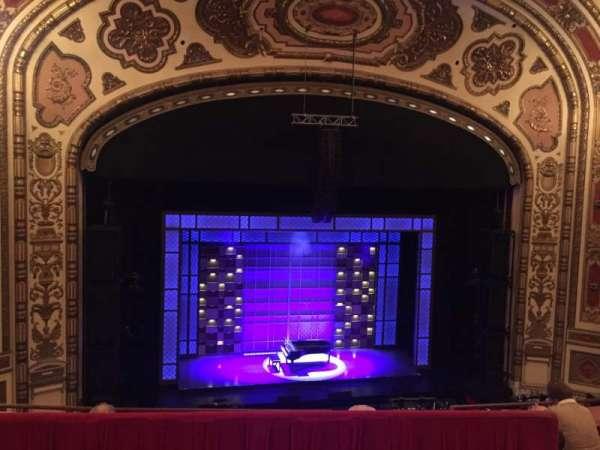 Cadillac Palace Theater, sección: BALCLC, fila: D, asiento: 306