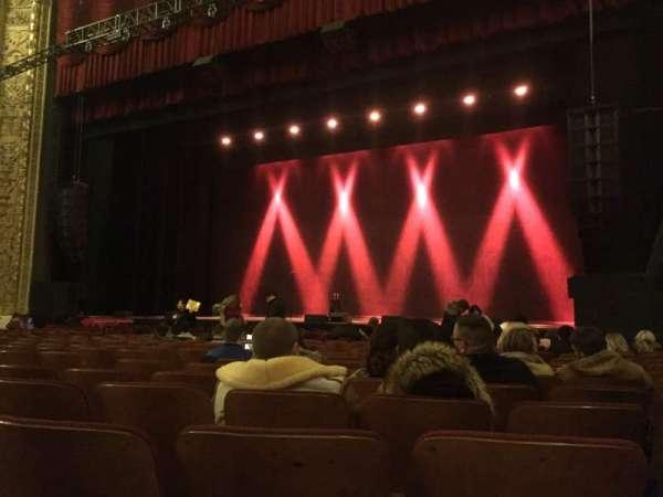 Chicago Theatre, sección: MNFL3R, fila: PP, asiento: 316