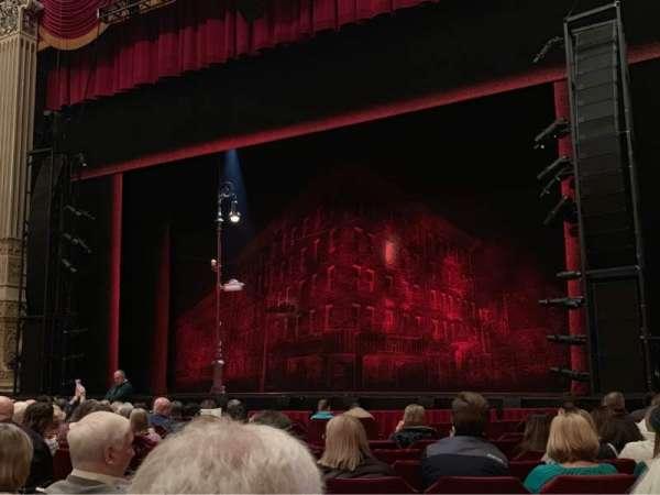 James M. Nederlander Theatre, sección: Orchestra R, fila: M, asiento: 10