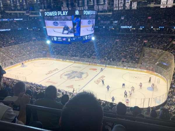 Scotiabank Arena, sección: 319, fila: 10, asiento: 17