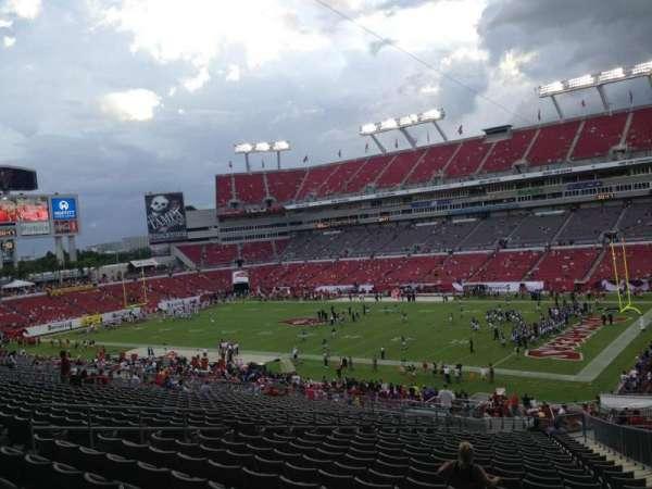 Raymond James Stadium, sección: 241, fila: CC, asiento: 14