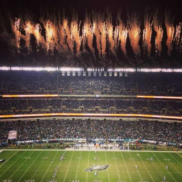 Lincoln Financial Field, sección: 201, fila: 18, asiento: 23
