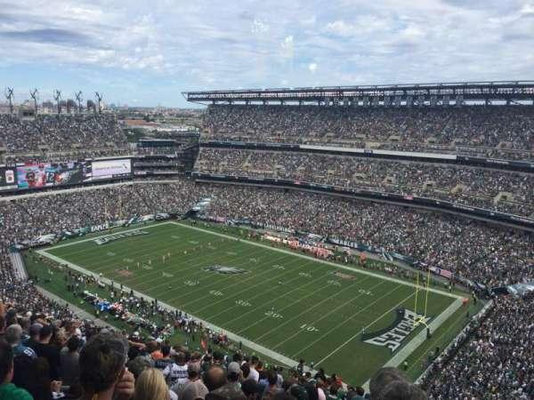 Lincoln Financial Field, sección: 207, fila: 25, asiento: 18