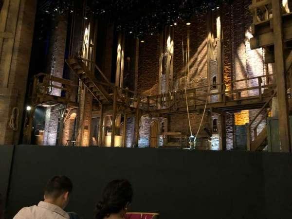 CIBC Theatre, sección: Orchestra R, fila: D, asiento: 10