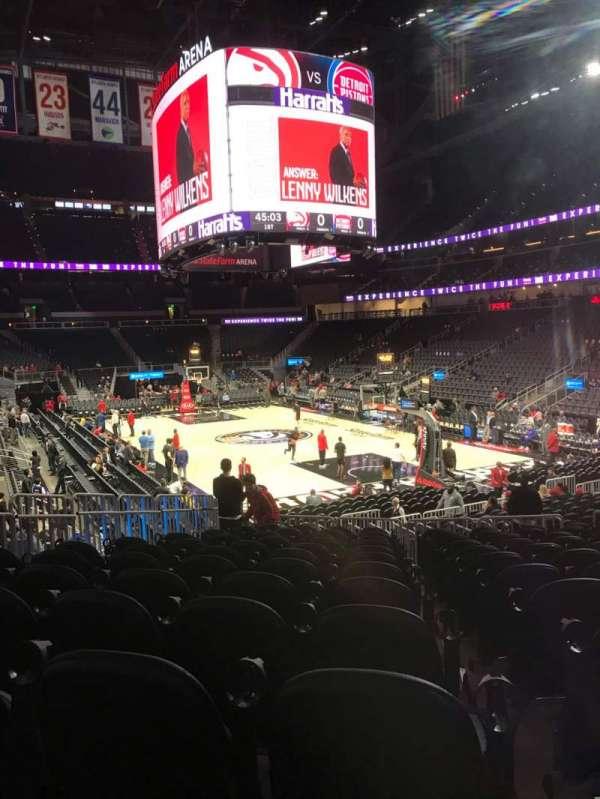 State Farm Arena, sección: 104, fila: M, asiento: 12