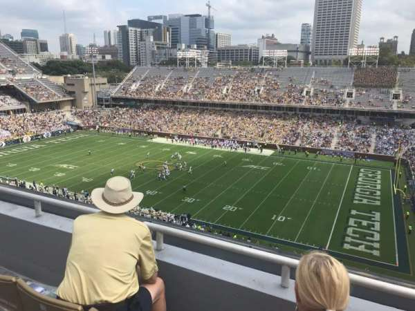 Bobby Dodd Stadium, sección: 202, fila: 3, asiento: 15