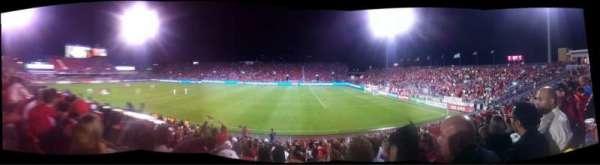 BMO Field, sección: 121, fila: 17, asiento: 19