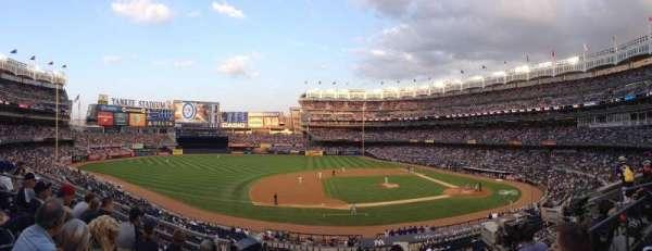 Yankee Stadium, sección: 225, fila: 4, asiento: 13